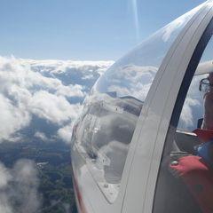 Flugwegposition um 13:57:35: Aufgenommen in der Nähe von Gemeinde Lannach, Österreich in 3015 Meter
