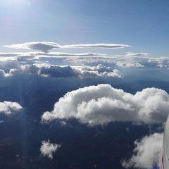 Flugwegposition um 15:19:25: Aufgenommen in der Nähe von Stainz, Österreich in 2875 Meter