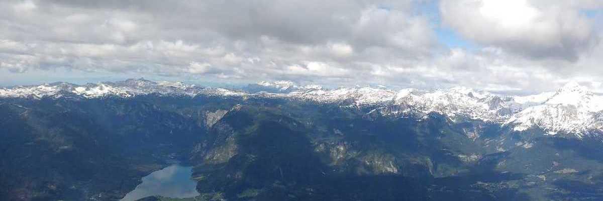 Flugwegposition um 10:02:06: Aufgenommen in der Nähe von Municipality of Bohinj, Slowenien in 2403 Meter