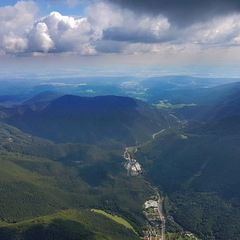 Verortung via Georeferenzierung der Kamera: Aufgenommen in der Nähe von Gemeinde Bad Vöslau, Bad Vöslau, Österreich in 0 Meter