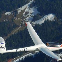 Flugwegposition um 14:47:56: Aufgenommen in der Nähe von Gemeinde Söll, Österreich in 2263 Meter