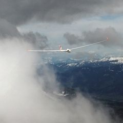 Flugwegposition um 07:33:08: Aufgenommen in der Nähe von Gemeinde Münster, Münster, Österreich in 2833 Meter