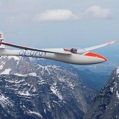 Flugwegposition um 08:38:03: Aufgenommen in der Nähe von Gemeinde Dalaas, Dalaas, Österreich in 3711 Meter