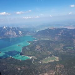 Verortung via Georeferenzierung der Kamera: Aufgenommen in der Nähe von Bad Tölz-Wolfratshausen, Deutschland in 2500 Meter