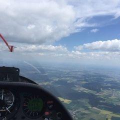 Verortung via Georeferenzierung der Kamera: Aufgenommen in der Nähe von Eichstätt, Deutschland in 2100 Meter
