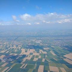Flugwegposition um 13:56:59: Aufgenommen in der Nähe von Augsburg, Deutschland in 2097 Meter