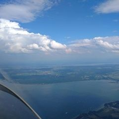 Flugwegposition um 14:22:42: Aufgenommen in der Nähe von Landsberg am Lech, Deutschland in 1800 Meter