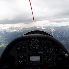 Flugwegposition um 12:01:19: Aufgenommen in der Nähe von Gemeinde Seefeld in Tirol, Seefeld in Tirol, Österreich in 2798 Meter