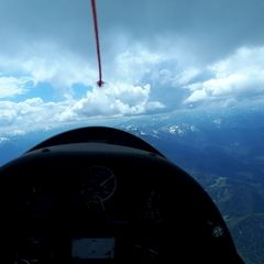 Flugwegposition um 12:36:16: Aufgenommen in der Nähe von Gemeinde Brandenberg, 6234, Österreich in 2801 Meter