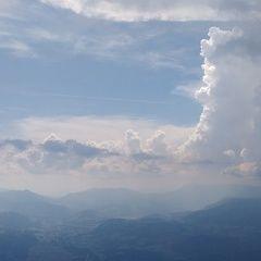 Flugwegposition um 13:37:32: Aufgenommen in der Nähe von Gemeinde Natschbach-Loipersbach, Österreich in 1709 Meter