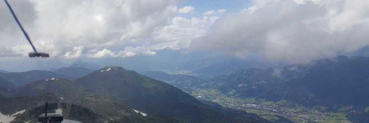 Flugwegposition um 13:25:21: Aufgenommen in der Nähe von Trieben, Österreich in 2251 Meter