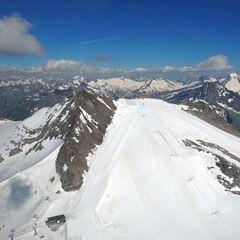 Flugwegposition um 14:33:29: Aufgenommen in der Nähe von Gemeinde Tux, Österreich in 3324 Meter