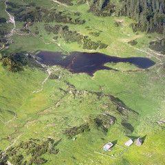 Flugwegposition um 16:35:40: Aufgenommen in der Nähe von Pürgg-Trautenfels, Österreich in 2040 Meter