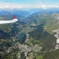 Flugwegposition um 12:48:34: Aufgenommen in der Nähe von Albula, Schweiz in 3318 Meter