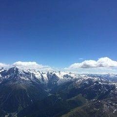 Flugwegposition um 13:22:39: Aufgenommen in der Nähe von 39020 Glurns, Bozen, Italien in 3358 Meter