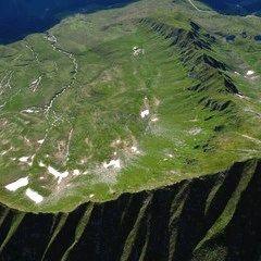 Flugwegposition um 15:02:36: Aufgenommen in der Nähe von Mittersill, Österreich in 3083 Meter