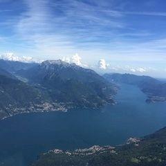 Flugwegposition um 14:03:57: Aufgenommen in der Nähe von 22010 Pianello del Lario, Como, Italien in 2265 Meter