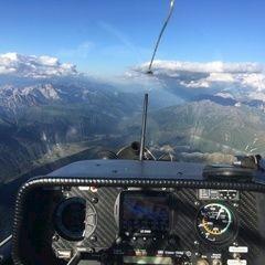Flugwegposition um 17:35:30: Aufgenommen in der Nähe von Gemeinde Kartitsch, Kartitsch, Österreich in 3535 Meter