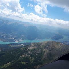 Flugwegposition um 12:18:43: Aufgenommen in der Nähe von Département Hautes-Alpes, Frankreich in 3042 Meter