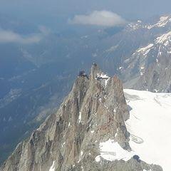 Flugwegposition um 13:51:32: Aufgenommen in der Nähe von Département Haute-Savoie, Frankreich in 3977 Meter