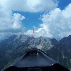 Flugwegposition um 12:09:22: Aufgenommen in der Nähe von Gemeinde Leutasch, Österreich in 2465 Meter