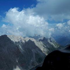 Flugwegposition um 12:15:59: Aufgenommen in der Nähe von Gemeinde Leutasch, Österreich in 2632 Meter