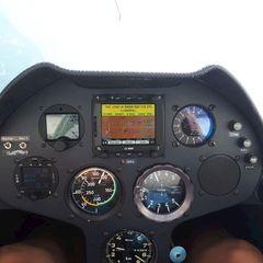 Flugwegposition um 12:26:52: Aufgenommen in der Nähe von Gemeinde Scharnitz, 6108, Österreich in 2804 Meter