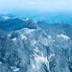 Verortung via Georeferenzierung der Kamera: Aufgenommen in der Nähe von Gemeinde Gosau, Österreich in 3300 Meter