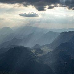 Flugwegposition um 15:18:24: Aufgenommen in der Nähe von Weng im Gesäuse, 8913, Österreich in 2082 Meter