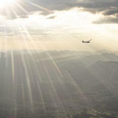 Flugwegposition um 16:12:34: Aufgenommen in der Nähe von Hall, 8911 Hall, Österreich in 2421 Meter