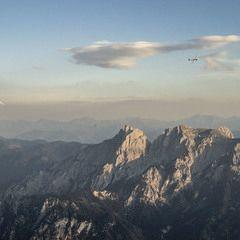 Flugwegposition um 16:38:30: Aufgenommen in der Nähe von Pürgg-Trautenfels, Österreich in 2347 Meter