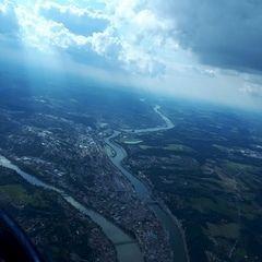 Flugwegposition um 14:38:08: Aufgenommen in der Nähe von Schärding, Österreich in 1528 Meter