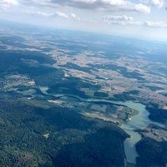 Flugwegposition um 14:33:44: Aufgenommen in der Nähe von Schwandorf, Deutschland in 2011 Meter