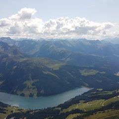 Flugwegposition um 13:16:51: Aufgenommen in der Nähe von Gemeinde Wald im Pinzgau, 5742 Wald im Pinzgau, Österreich in 2501 Meter