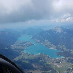 Flugwegposition um 11:44:32: Aufgenommen in der Nähe von Gemeinde Strobl, Strobl, Österreich in 2469 Meter