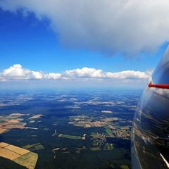 Flugwegposition um 12:17:18: Aufgenommen in der Nähe von Őriszentpéteri, Ungarn in 1720 Meter
