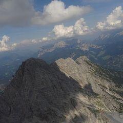 Flugwegposition um 11:47:52: Aufgenommen in der Nähe von Gemeinde Maria Alm am Steinernen Meer, 5761, Österreich in 2029 Meter