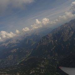 Flugwegposition um 11:47:56: Aufgenommen in der Nähe von Gemeinde Maria Alm am Steinernen Meer, 5761, Österreich in 2042 Meter