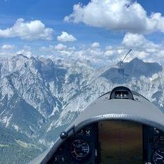 Verortung via Georeferenzierung der Kamera: Aufgenommen in der Nähe von Gemeinde Terfens, Österreich in 2400 Meter