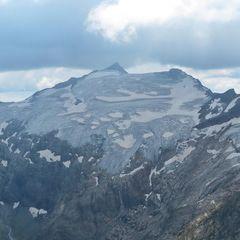 Flugwegposition um 12:01:24: Aufgenommen in der Nähe von Gemeinde Bad Gastein, Bad Gastein, Österreich in 2890 Meter