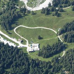 Flugwegposition um 13:16:44: Aufgenommen in der Nähe von Gaishorn am See, Österreich in 2525 Meter