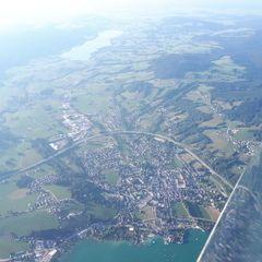 Flugwegposition um 16:27:13: Aufgenommen in der Nähe von Gemeinde St. Lorenz, 5310 St. Lorenz, Österreich in 2087 Meter