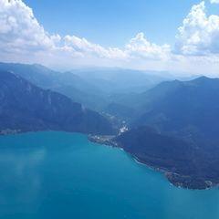 Flugwegposition um 10:19:54: Aufgenommen in der Nähe von Gemeinde Unterach am Attersee, Österreich in 1800 Meter