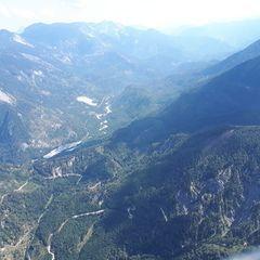 Flugwegposition um 10:21:31: Aufgenommen in der Nähe von Gemeinde St. Gilgen, Österreich in 1701 Meter