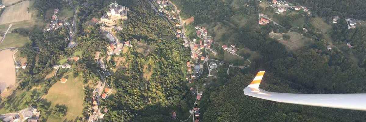 Verortung via Georeferenzierung der Kamera: Aufgenommen in der Nähe von Gemeinde Forchtenstein, 7212 Forchtenstein, Österreich in 1200 Meter