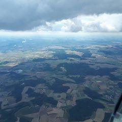 Flugwegposition um 12:40:23: Aufgenommen in der Nähe von Dingolfing-Landau, Deutschland in 1929 Meter