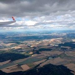 Flugwegposition um 14:48:10: Aufgenommen in der Nähe von Plzeň-jih, Tschechien in 2084 Meter
