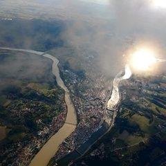 Flugwegposition um 16:16:00: Aufgenommen in der Nähe von Niederbayern, Deutschland in 2210 Meter