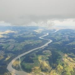 Flugwegposition um 16:02:22: Aufgenommen in der Nähe von Niederbayern, Deutschland in 2435 Meter