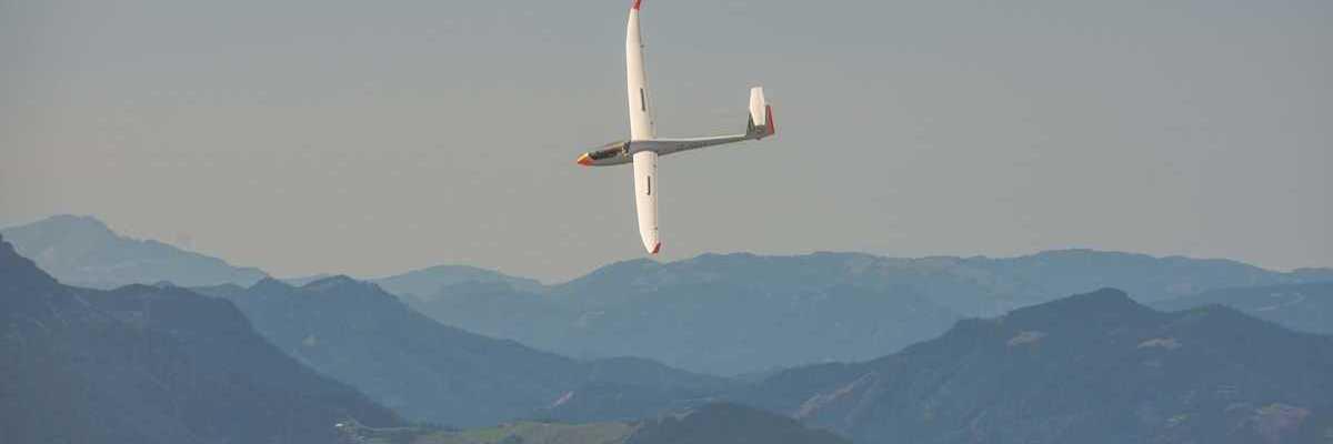 Flugwegposition um 11:52:34: Aufgenommen in der Nähe von Gemeinde Ternitz, Österreich in 1521 Meter